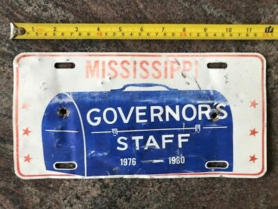 1976 -1980  Mississippi license plate GOVERNOR'S STAFF Charles Finch