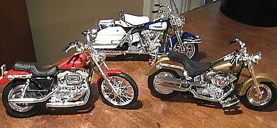 Lot of 3 Maisto Harley Davidson Motorcycles Die Cast 1:18 Scale Models  3 Bikes