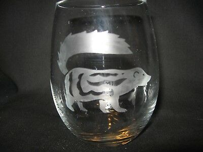 New Etched Spotted Skunk Stemless Wine Glass Tumbler