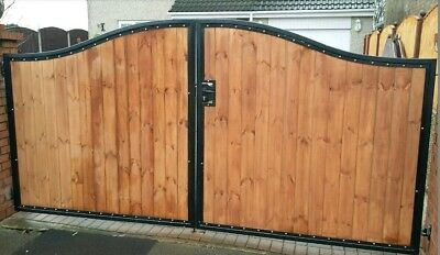 BRAND NEW curved top Iron and wooden gate, Metal, Steel