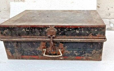 Vintage Old Iron Sheet Hand Crafted Painted Indian Merchant/Trunk Box