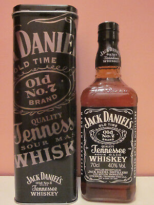 Jack Daniels 700ml + Box Old Style + Produktfolder