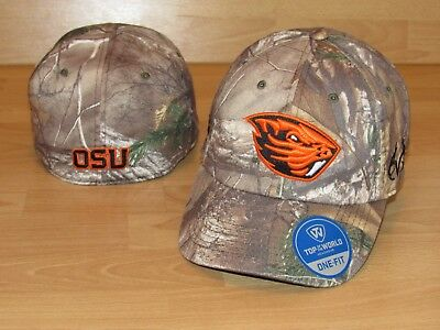 huge selection of ccfc0 fca46 Oregon State Beavers Fallout Realtree Xtra Camo Flex Fitted Hat Men s ...