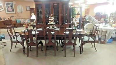 HENKEL HARRIS Mahogany Dining Room Table w 8 Chairs 3 Leaves Queen Ann