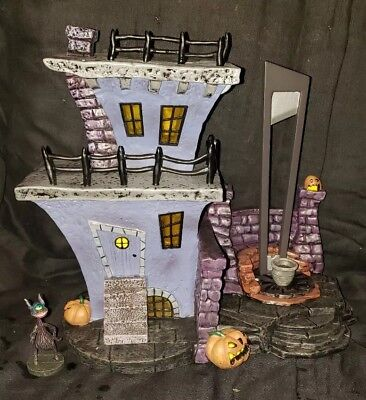 hawthorne village nightmare before christmas guillotine house with cyclops coa - Hawthorne Village Nightmare Before Christmas
