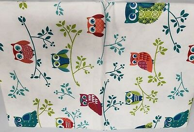 "FLANNEL BACK VINYL TABLECLOTH 52"" x 70"", (4-6 people) OWLS ON THE TREE, AP"