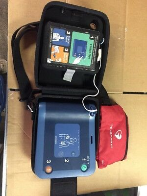 Philips HEARTSTART FRx AED Defibrillator & New Battery SATISFACTION GUARANTEED
