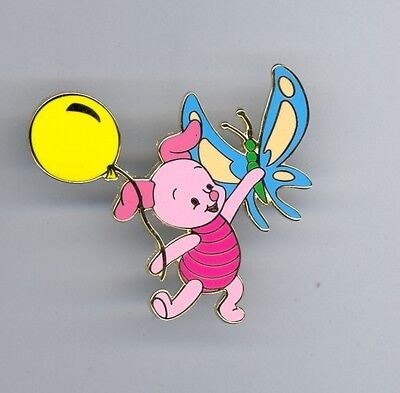 Japan Disney Mall Winnie the Pooh friend Piglet w/ Balloon & Butterfly LE200 Pin