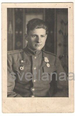 1945 WW2 Handsome young man SOVIET MILITARY OFFICER Red Star Order Russian Photo
