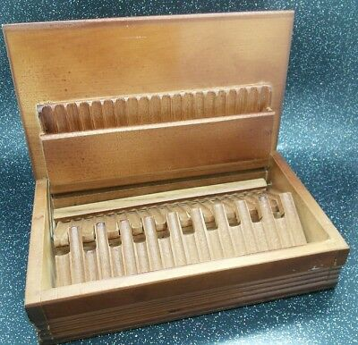 VINTAGE WEST GERMAN BAVARIAN  CARVED TOP WOODEN CIGARETTE SMOKERS BOX 23 X 14cm