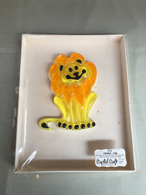 Vintage CRYSTAL CRAFT WALL PLAQUE Lovable Lion 1970's