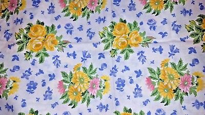 2 yellow rose daisy floral print on white Laura Ashley table napkins vtg