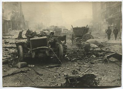 Wwii Large Size Press Photo: Berlin Street View After The Battle, May 1945