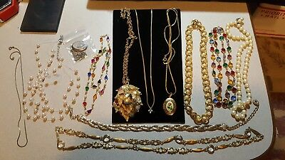 Lot of 12 Vintage Estate  Jewelry , necklaces lockers etc