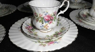Royal Albert Moos Rose 4 Gedecke =12 Teile