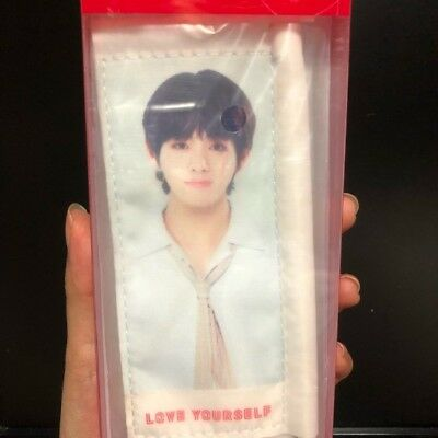 BTS Love Yourself World Tour Concert Official MD Mini Flag V(Tae Hyung) Opened