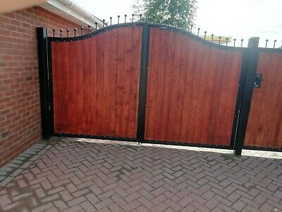 BRAND NEW curved top Iron and wooden gate with circles, Metal, Steel
