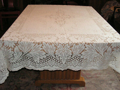 Vintage Quaker Lace Tablecloth No. 720 Large Leaf & Flower Lace Tablecloth
