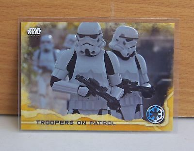 Star Wars Rogue One series 1 Troopers on patrol #89 Gold parallel card 39/50