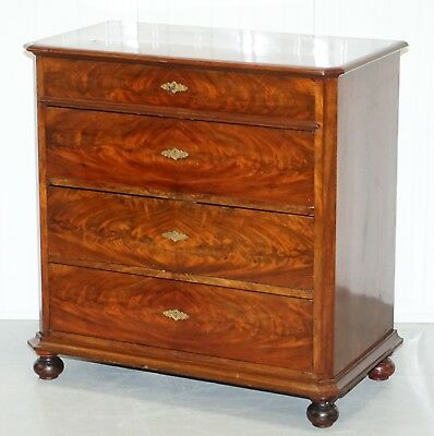 Stunning Circa 1820 Biedermeier Flamed Mahogany Small Chest Of Drawers Rare Find
