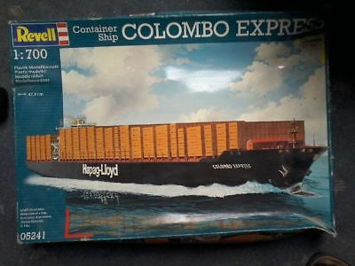 Container Ship Colombo Express - Revell - 5241 - 1:700