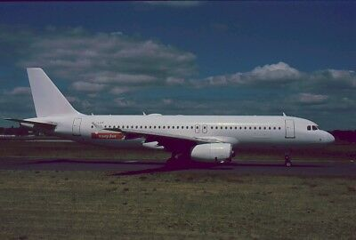 Aircraft Slide/Dia : A320  ,  Easy Jet  ,  YL=LCP