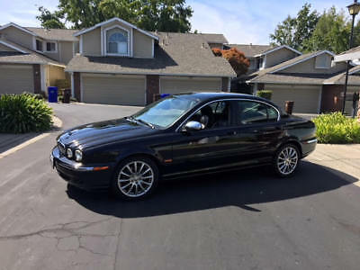 2007 Jaguar X-Type 3.0 AWD Base Pre-Owned. Excellent Condition.
