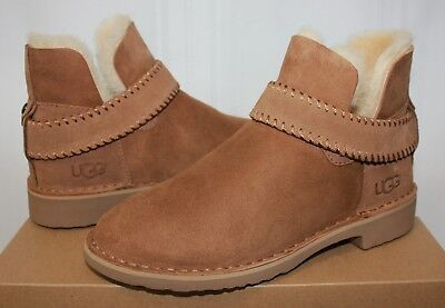 a02bcd0dd2f UGG WOMEN'S MCKAY Sheepskin Chestnut Suede boots New With Box!