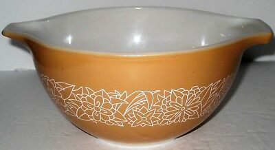 Vintage Pyrex Cinderella Nesting Mixing Bowl #441 Woodland From the 1970's