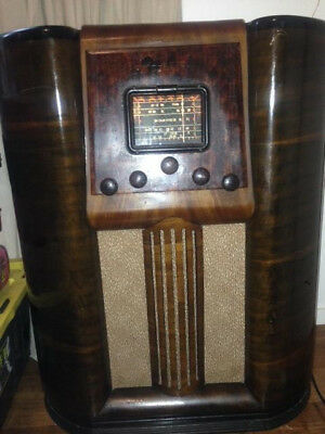 1938 Vintage music Masters valve radio fully working order