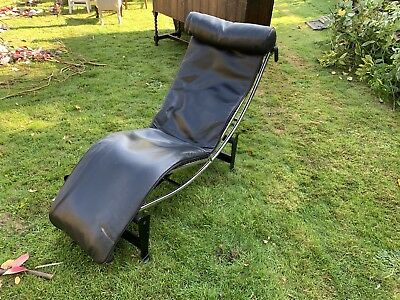 Le Corbusier Lc4 Black Leather Lounger