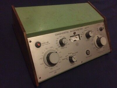 Diagnostic Audiometer / Inter Acoustics - Made in Denmark / White Noise Music