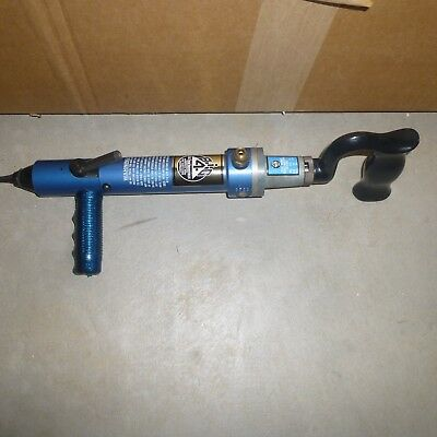 Big 4 Four Industries 3532 Pneumatic Tire Stud Gun Excellent Looks to be NOS