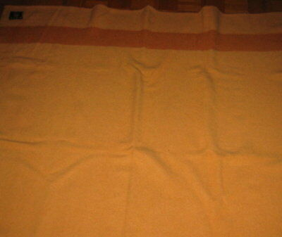 Vint. Early`s Witney 3/5 point Blanket, made in England - Excellent