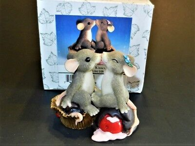 """CHARMING TAILS """"CANDY KISSES FITZ & FLOYD FIGURINE #84/108 Signed by DEAN GRIFF"""