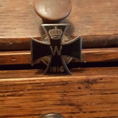 World War I German 1916 Iron Cross Military Medal Pin Screw Back