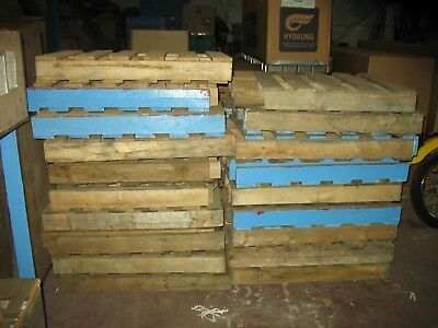 WOODEN PALLETS 31x25x4 INCHES 35 IN TOTAL JOB LOT