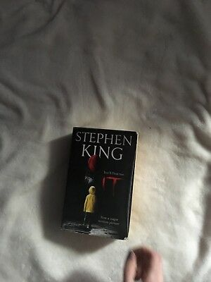 IT by Stephen King (Paperback, 2017)