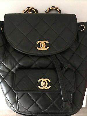 4ff1881e31bc VINTAGE CHANEL QUILTED Matelasse CC Logo Lambskin Chain Shoulder Bag ...