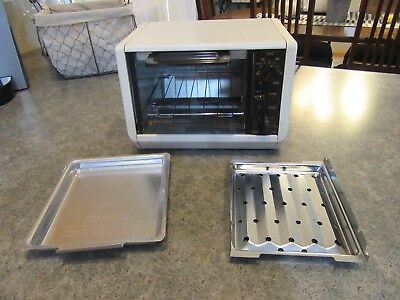 VTG BLACK & DECKER TRO10 Small Spacemaker Two Slice Toast R Oven Broiler