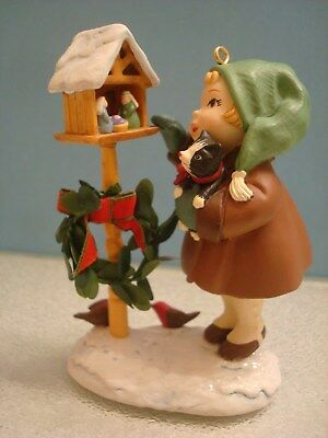 What Child is This  2003 HALLMARK ORNAMENT MINT