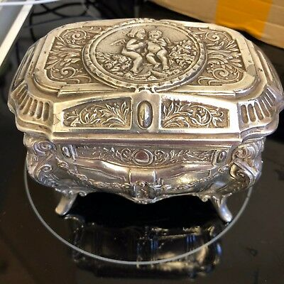 ANTIQUE SOLID SILVER/WHITE TEST METAL CHERUB CAST JEWELLERY BOX LINED Over 500g