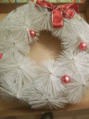 """1950s White Wreath 14"""" Original Box Consolidated Novelty Co Inc"""