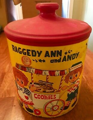 Vintage Raggedy Ann and Andy Cookie Tin, Cheinco 1970's USA, Plastic Lid