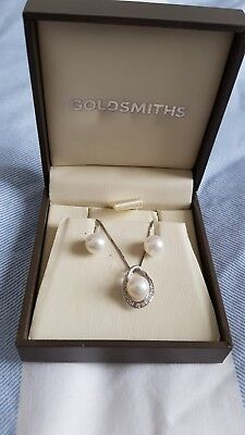 Goldsmiths pearl and diamond earring and necklace set