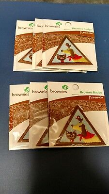 """Girl Scout """"Pets"""" Brownie Badge"""