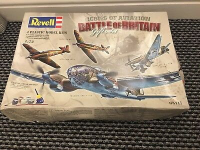 House Clearance Attic Find Model Project Spares Revell 05711 Battle of Britain