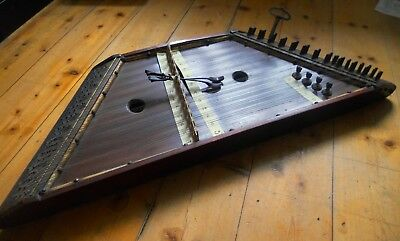 Vintage Hammer Dulcimer, 12/4 layout, with hammers and tuning Key
