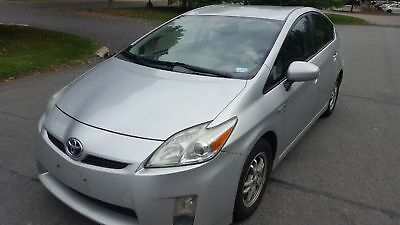 2010 Toyota Prius  2010 Toyota Prius New Tires and Brakes Gas Saver