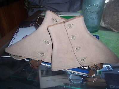 Antique Or Vintage Pair Of Tan Wool Felt Spats With Leather Straps And 4 Buttons